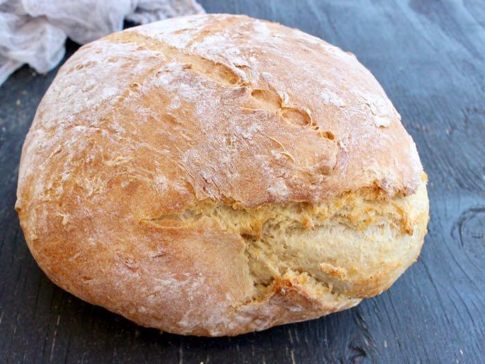Easy Crusty Vegan Bread Recipe -No Knead