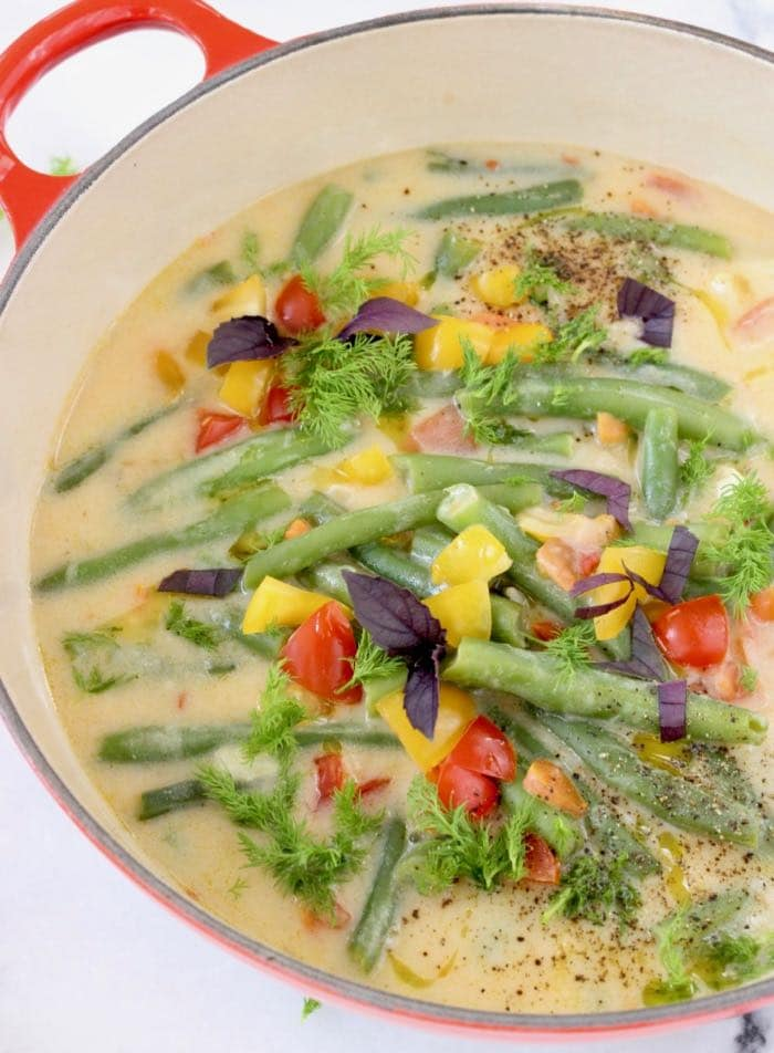 Romanian Green String Bean Soup Recipe with Dill and Tomatoes -Creamy, Vegan, Plant-Based