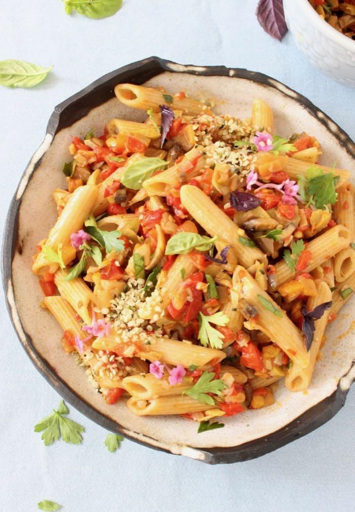 Vegan italian veggie pasta salad recipe veggie society vegan italian pasta salad with veggie la bomba sauce forumfinder Images