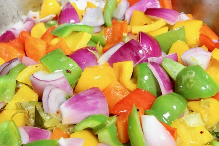 Peperonata Calabrese Ingredients: Bell Peppers, Tomatoes, Purple Onions and Leeks.