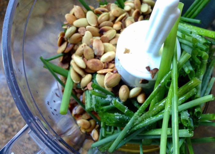Onion Chive Pesto Ingredients: Chives, Pumpkin Seeds, Lemon