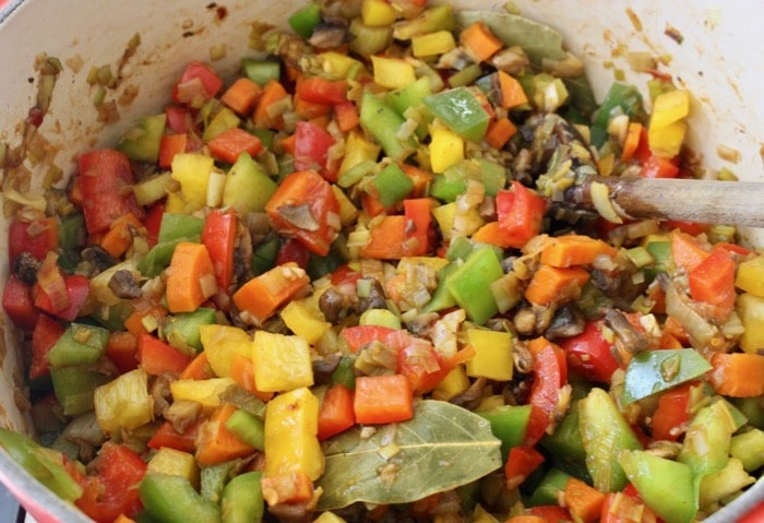 Diced Bell Peppers, Leeks and Mushrooms