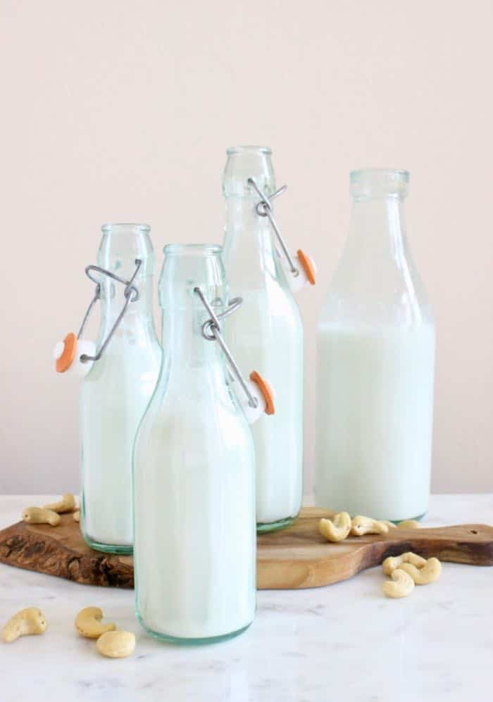 Homemade cashew milk recipe