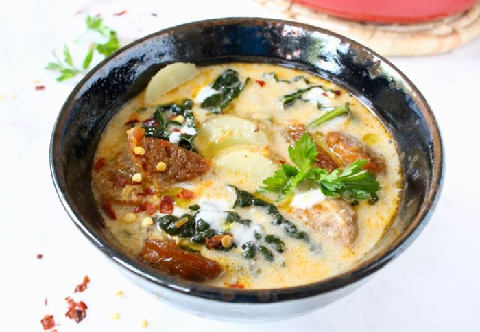 Easy Vegan Zuppa Toscana Recipe with Beyond Meat Sausage, Potatoes and Kale.