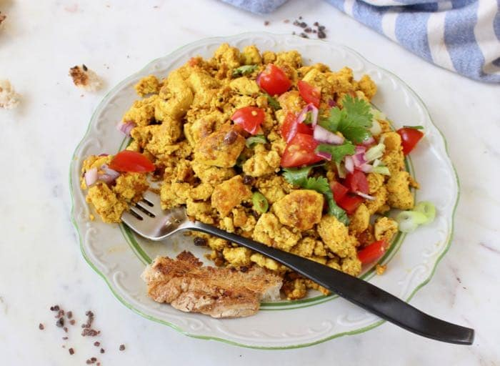 Fluffy vegan tofu scramble with the ultimate eggy flavor.