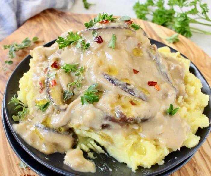Vegan Shiitake Mushroom Gravy with fresh shiitakes, miso and white wine.
