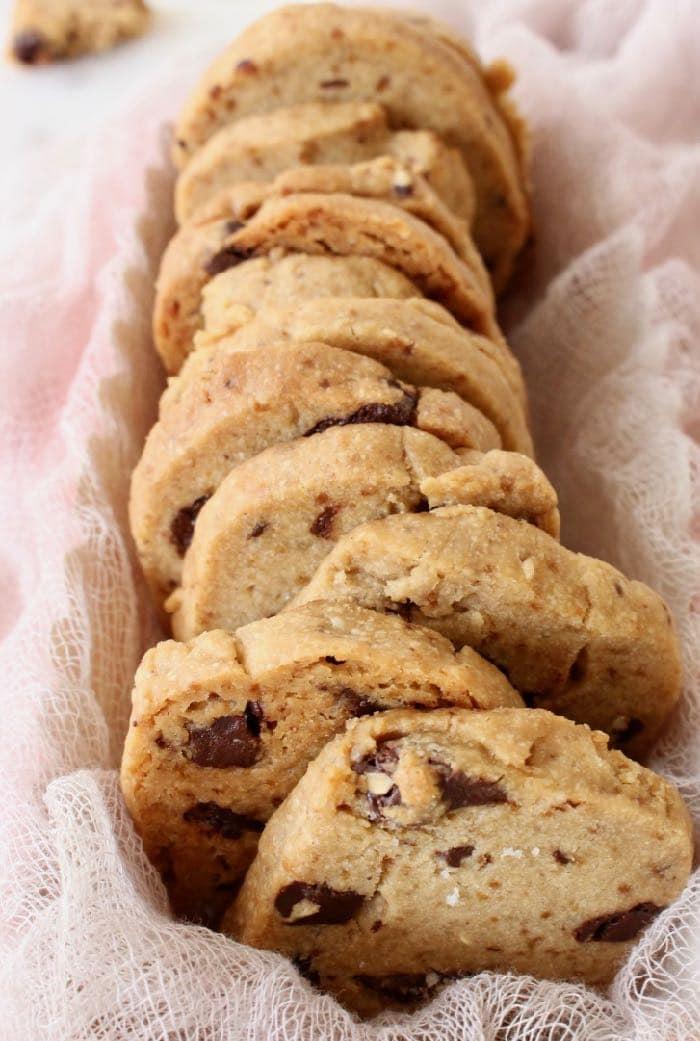Easy vegan shortbread cookies, European sugar cookies or Christmas biscuits.