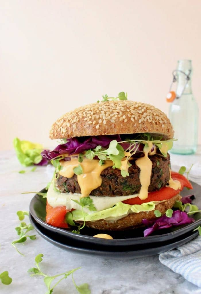 Best Veggie Burger Recipe with beans, lentils and oats.