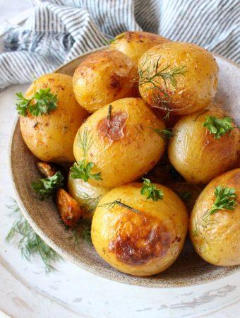Whole Garlic Rosemary Roasted Potatoes