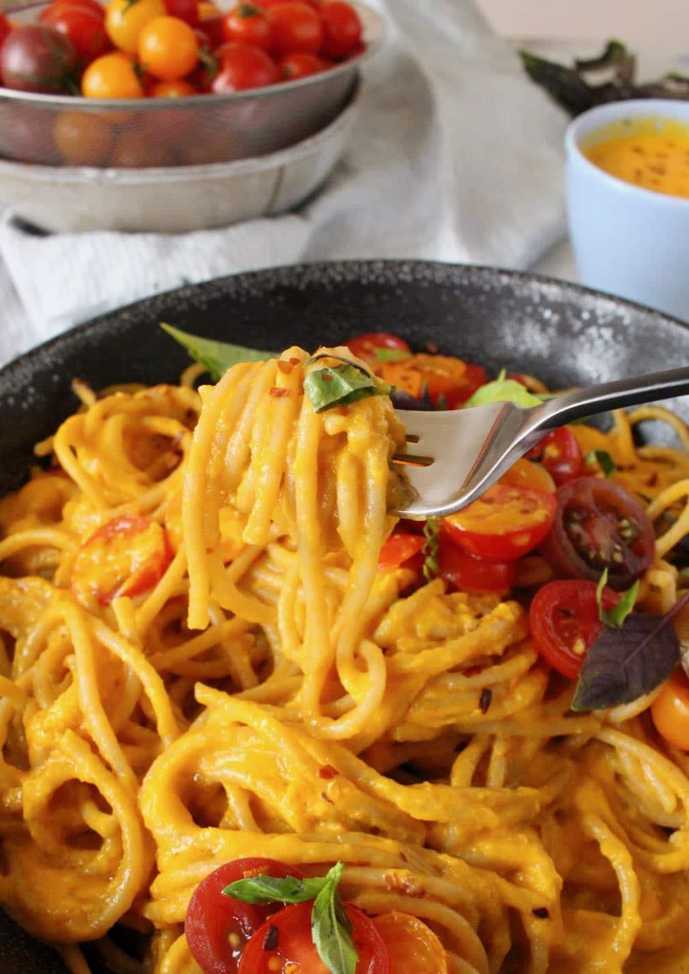 fresh tomato sauce spaghetti