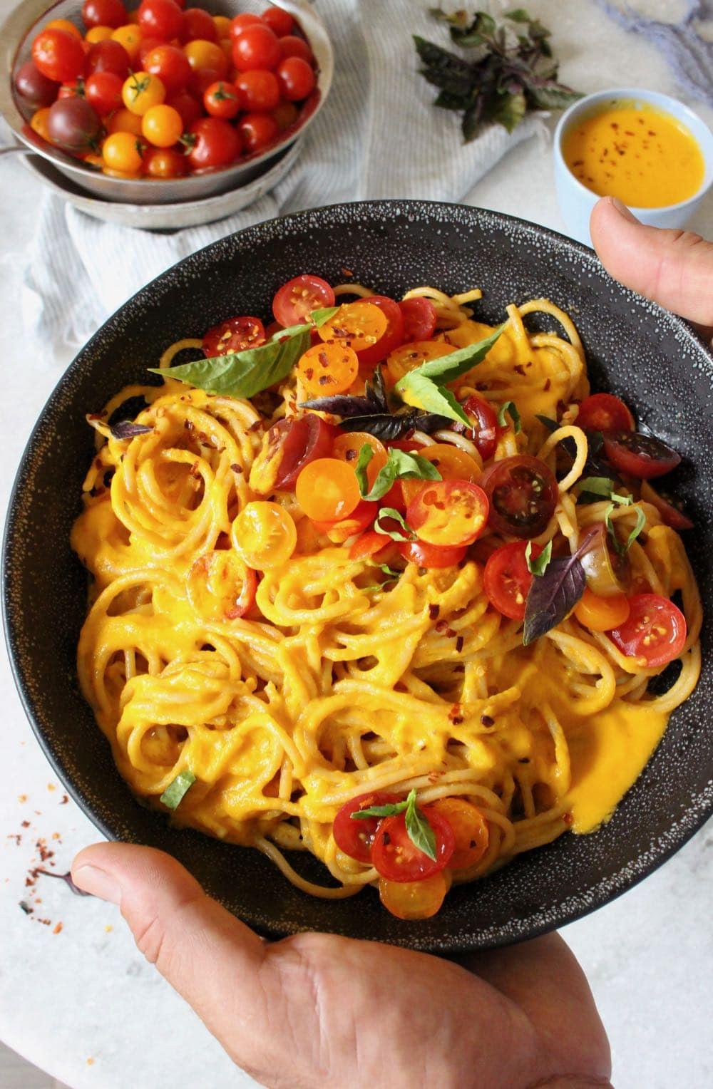 vegan heirloom tomato sauce