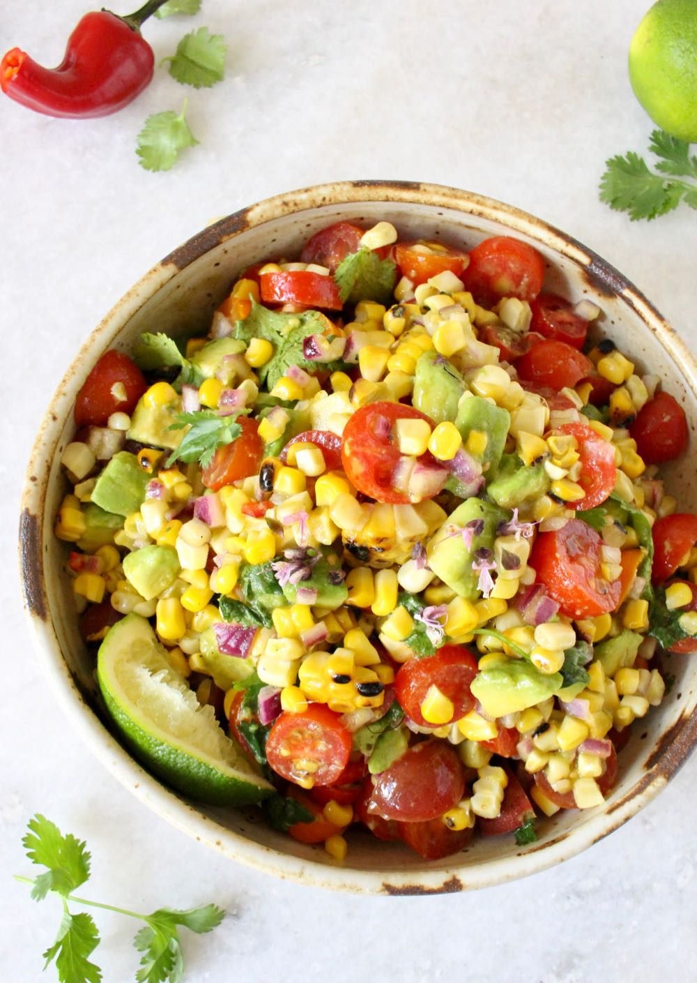 vegan grilled corn tomato avocado salad recipe (7)