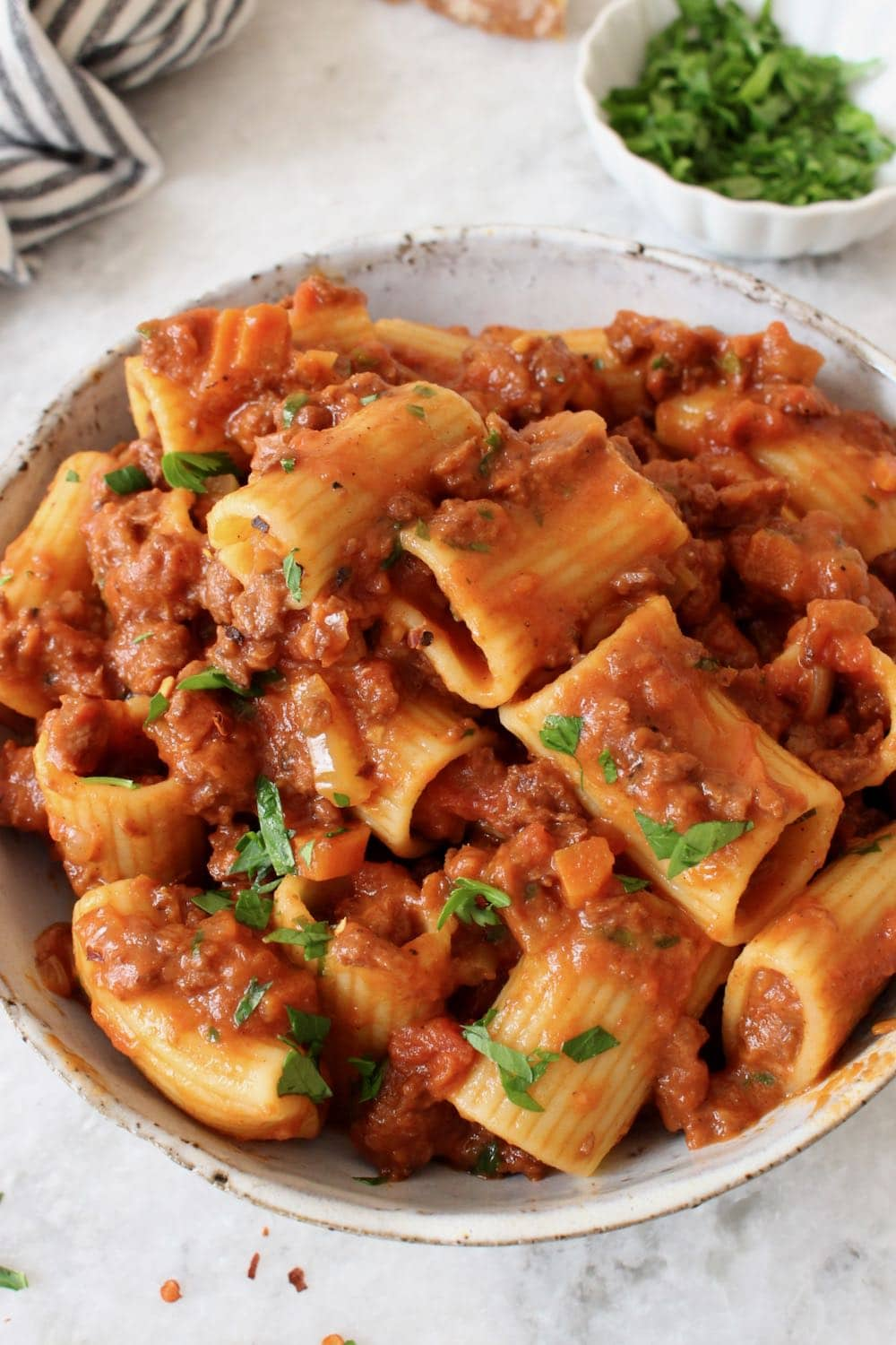 Vegan Bolognese Sauce with Soy Curls and Red Wine
